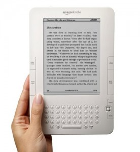 Amazon Kindle 2 Wireless eBook Reader by Flickr user goXunuReviews, licensed by Creative Commons
