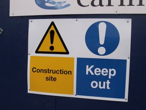 The Library of Birmingham - signs - Construction Site - Keep Out, by flickr user Elliot Brown, licensed by Creative Commons
